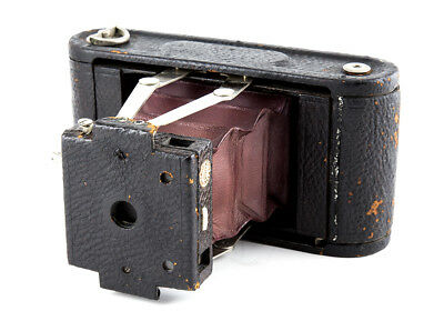 No.1A Folding Pocket Kodak, Model A Covered in seal grain leather & Red Bellows