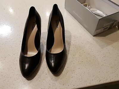 SANDLER BRAND NEW Jodie Leather Shoes in Size 10