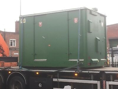 11ft x 7ft Welfare Unit  (Mobile with low to ground hydraulics but has issues)