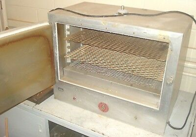 The Electric Hotpack Co Bench Lab Oven Plastic Resin Drying Etc. Model 802 115v
