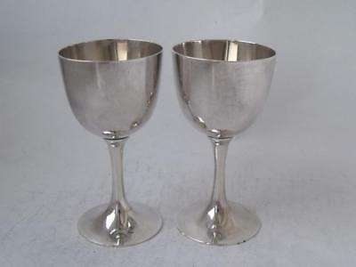 Pair of Oriental Soldi Silver Shot Goblets/ Cups/ H 8 cm/ 85 g
