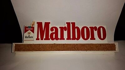 Vintage Marlboro Plastic Cork Board Clip Potato Chip Clip Paper Holder Advertis