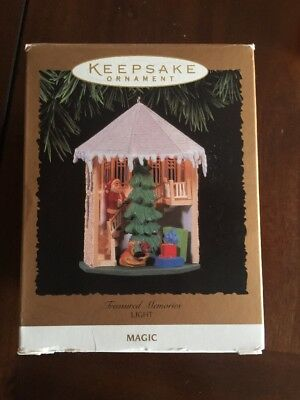 Hallmark Keepsake Santa Treasured Memories Light Magic Christmas Ornament 1996