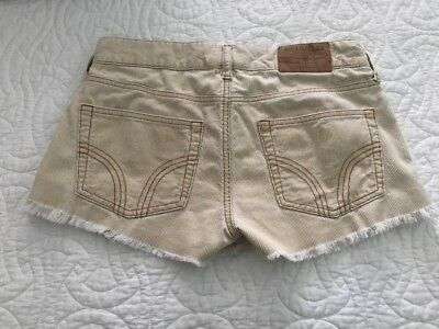 Hollister Shorts. Soft Corduroy. Authentic Boho Vintage, Hippie. Size 3
