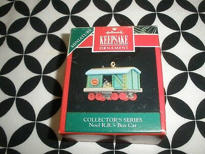 "1992 Christmas! Mini Hallmark Ornament ""noel R.r. Box Car"" #4 In Series Nib~N1"