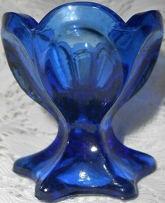 Blue Vaseline Uranium glass footed raised salt dip cellar celt Tulip pattern art
