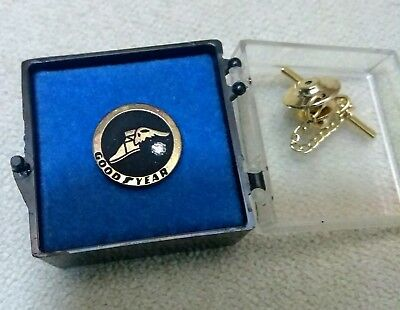 Goodyear Tire employee service award recognition pin (new style)