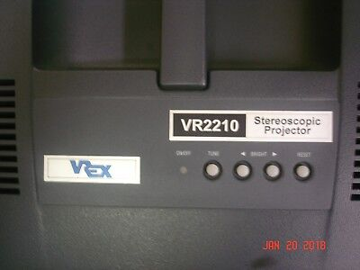 Vrex Vr2210 3D Stereoscopic Projector W/ Power Cord & Video Cables, Working !