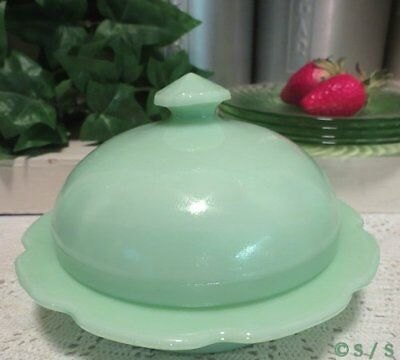 Jadite Green Milk Glass Round Domed Scalloped Butter Cheese Sauce Dip Dish Tub