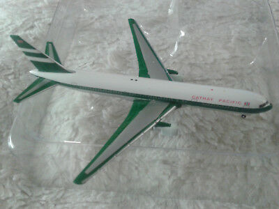 1:500 herpa wings Cathay Pacific 767