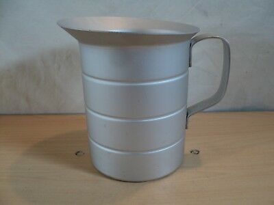 Resturant Aluminum 2 Qt. Measuring Cup with Welded Handle Dura-Ware 752