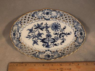 """Antique Meissen 8.5"""" Gilt Blue Onion Oval Reticulated Tray / Dish"""