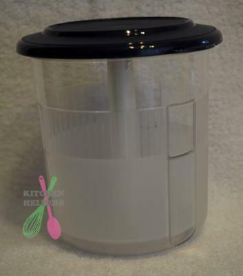Tupperware Table Collection Pick-A-Deli Round- Beetroot, Pinapple Container New