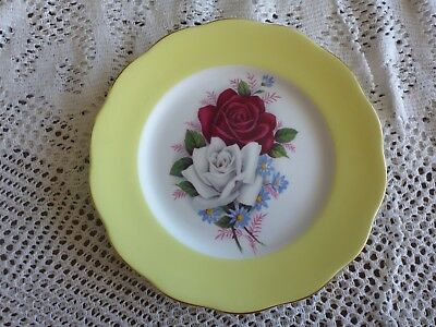 Queen Anne England Bone China 16 Cm Side Plate Yellow Rim - Roses Pattern