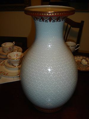 Pair of Large  Kutani hand made and decorated vases Mint Condition, Rare