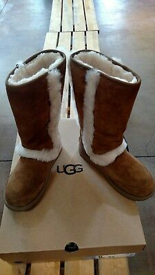 b5668988ba5 WOMEN'S UGG SUNDANCE Waterproof Fur Trim Boot - Chestnut *New*