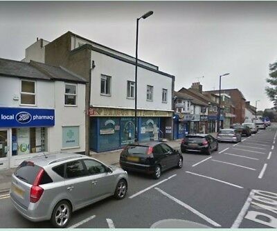 SHOP, OFFICE, GYM, SHOWROOM to let in Dunstable