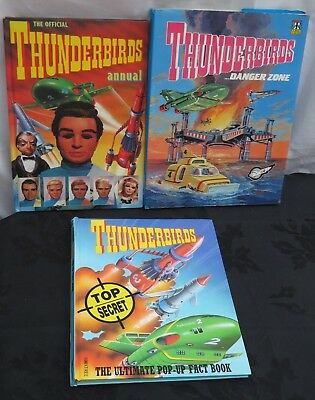 Bundle of 3 vintage Thunderbirds Annuals / Pop up book. 1990's