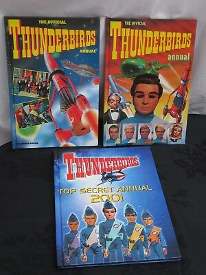 Bundle of 3 vintage Thunderbirds Annuals / books