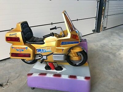 Kiddy ride Gold Wing