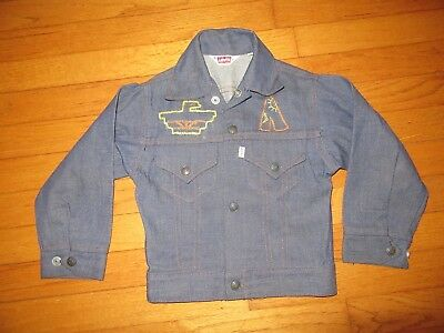 VTG Red Tab Levi's Embroidered Native/American Indian Denim Jacket Size 6
