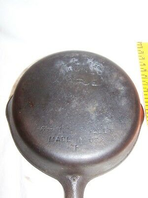 Vintage Cast Iron Skillet No 3 Wagner Ware 6 1/2 inch made in USA F