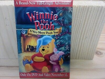 Winnie the Pooh A Very Merry Pooh Year pin button
