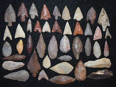 42 common Sahara Neolithic stone tools, projectile points/scrappers