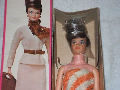Remco Lisa Littlechap - in box with great hair!