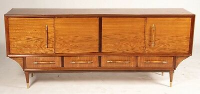A MID CENTURY MODERN SIDEBOARD CIRCA 1960 Lot 447