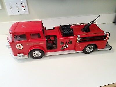 Vintage 1960's Buddy L Texaco Fire Chief Pressed Steel Fire Truck.