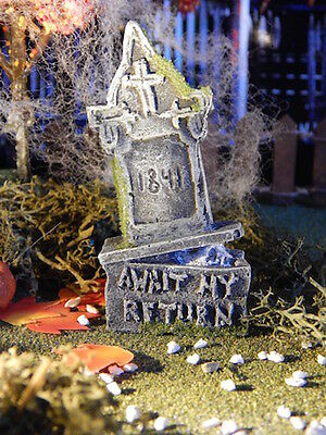 Halloween TOMBSTONE ~ Skull Peeking Out from under AWAIT return cemetery Dept 56