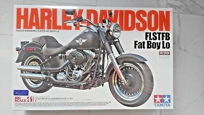 Tamiya 1/6 Harley-Davidson Flstfb Fat Boy Lo  Motorcycle Model Kit 16041 F/s New