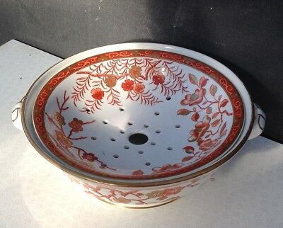 Old Mintons soap dish of the pattern Jeddo 1884 Minton