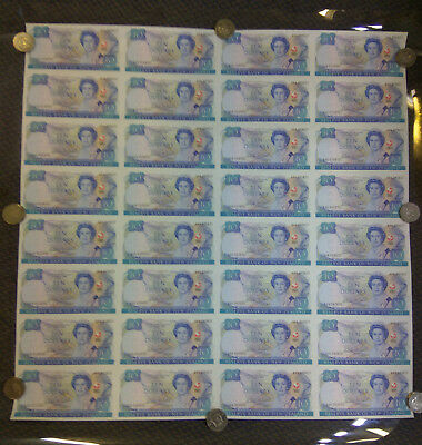 1990 32 X $10 Banknotes Uncut Sheet Aaa Prefix New Zealand Extremely Limited