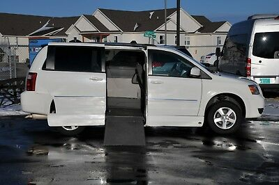 2009 Dodge Grand Caravan SXT 2009 DODGE GRAND CARAVAN SXT VMI WHEELCHAIR ACCESSIBLE HANDICAP CONVERSION VAN