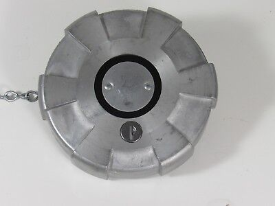 """Velvac 600181-6 Locking 4"""" Fuel Cap with Pressure Relief FREE SHIPPING"""