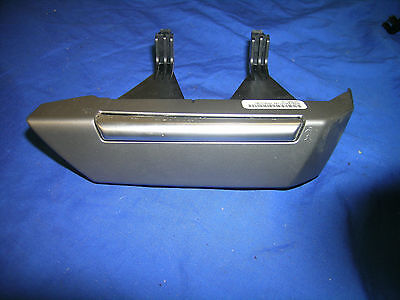 LR3 Discovery 3 Land Rover range rover sport right horn button XPD500780 silver