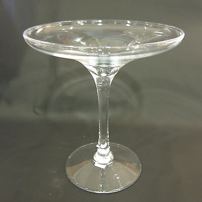 "Coupe verre sul piede in vetro ""Point a la Ligne"""