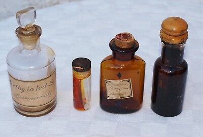 4 Old Chemist Apothecary Lidded Glass Jars With Solidified Contents Inc Wellcome