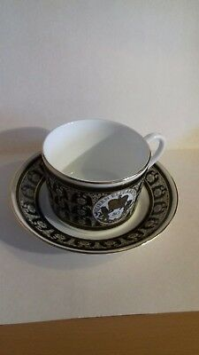 Wedgwood/ Royal Mint tea cup and saucer commemorating Q E ii 80th birthday