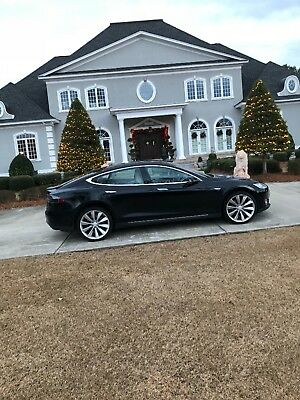 2012 Tesla Model S Loaded, 21 inch tires, retractable sun roof, premium package Tesla Model S Signature Edition #124 Collector car 2012