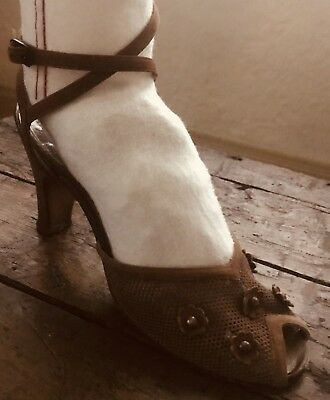 VINTAGE 1940s PALTER DELISO LEATHER SHOES ANKLE STRAP PEEP TOE SUEDE FLOWERS