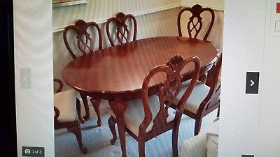 Mahogany Extending Dining Room Table and 6 Chairs, good condition