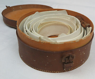 Vintage Leather Collar Case with Starched Collars