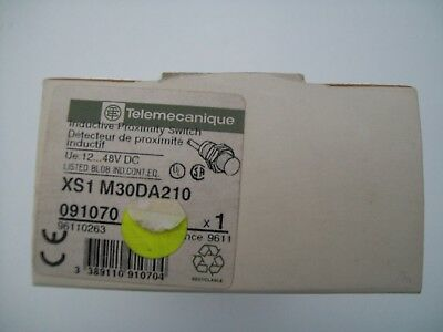 Telemecanique Inductive Proximity Switch Xs1 M30Da210