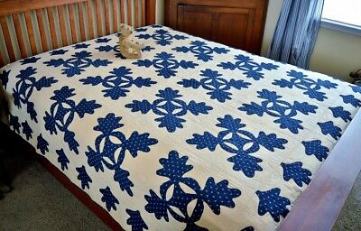 Antique 19th century Hand Stitched Indigo Blue Calico Oak Leaf Quilt with Border