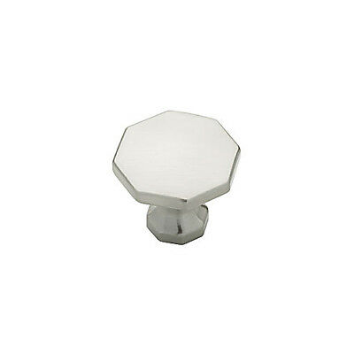 (30 PACK) Southampton Decorative Cabinet Knob Satin Nickel L-P20380-SN-C