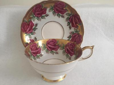 Vintage PARAGON Roses & Gold Fine Bone China Tea Cup Saucer