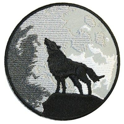 """Extreme Largeness  Iron On Patch """" Wolf and moon""""   Tumblr DIY Kitsch"""